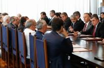 Líderes de oposição se abstêm em reunião de conselho e criticam intervenção no RJ