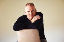 Novo romance de Dennis Lehane aborda a violência psicológica