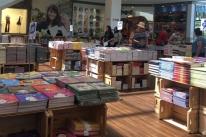 Feira de livro para pequenos é atração no Canoas Shopping