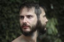 André Paz lança álbum solo no Estúdio Gaia