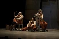 Pequeno trabalho para velhos palhaços retorna ao Teatro Renascença