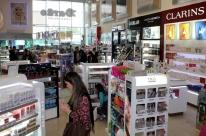 Empresas de free shops pedem aumento de US$ 400,00 em limite de compras