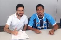Hernane é oficializado como reforço do Grêmio até o fim do ano