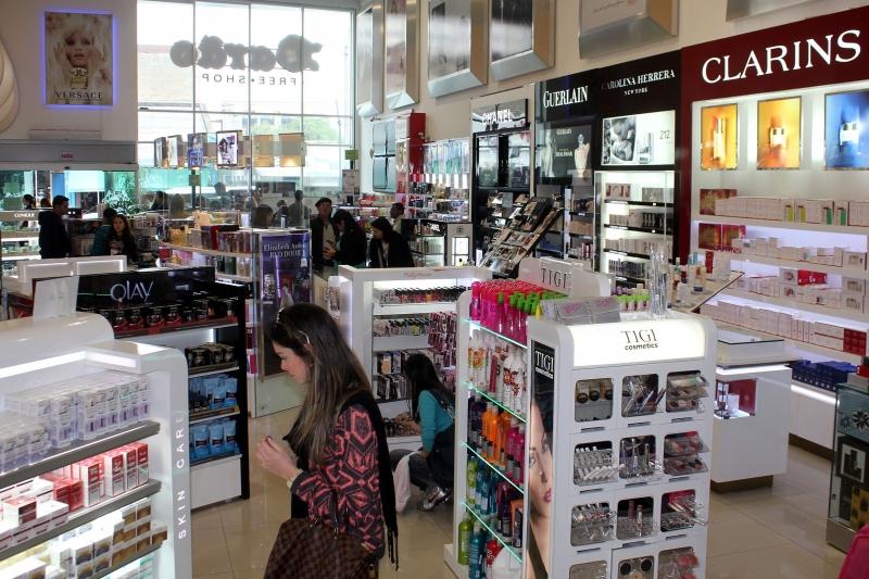Em um contexto de queda nas vendas, lojas defendem que valores sejam corrigidos pela inflação