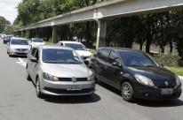 Motoristas de aplicativos protestam em Porto Alegre contra regulamentação federal
