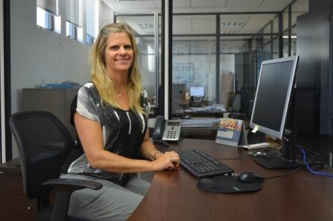 Virginia trabalha na planta de Guaíba da ThyssenKrupp, onde desempenha o papel de diretora de compras