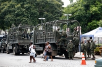 Forças Armadas atuam na Vila Kennedy no Rio pelo segundo dia seguido