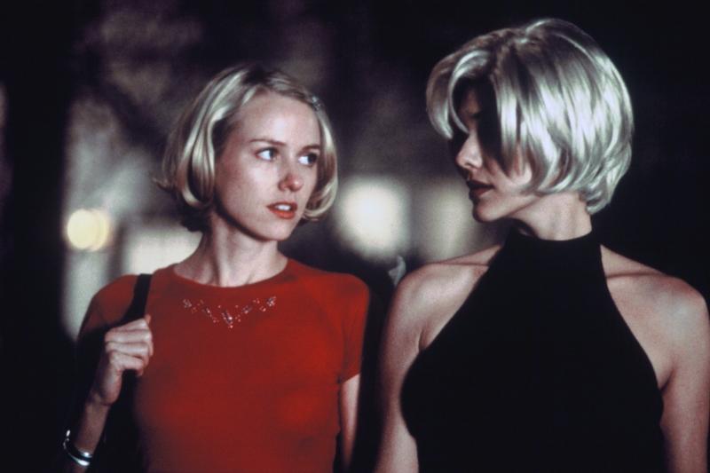 Lançado em 2002, Mulholland Drive: Cidade dos sonhos é estrelado por Naomi Watts e Laura Harring