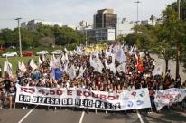 Multa por bloquear trânsito em manifestações pode custar R$ 400 mil