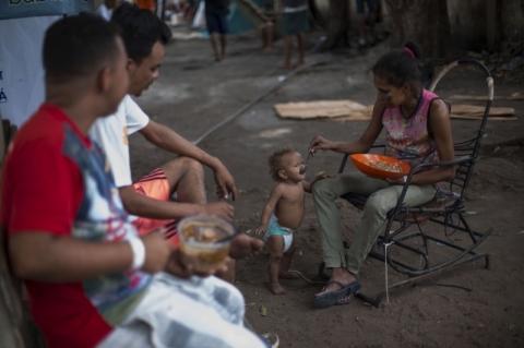 Maduro recua e aceita remédios e comida da ONU