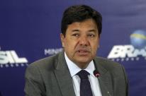 Ministro diz que vetará plano que libera 40% do ensino médio a distância