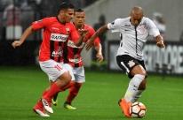 Corinthians cumpre a 'obrigação' e vence o Deportivo Lara em casa por 2 a 0