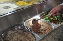 Trabalhador gasta R$ 751,00 por mês com almoço
