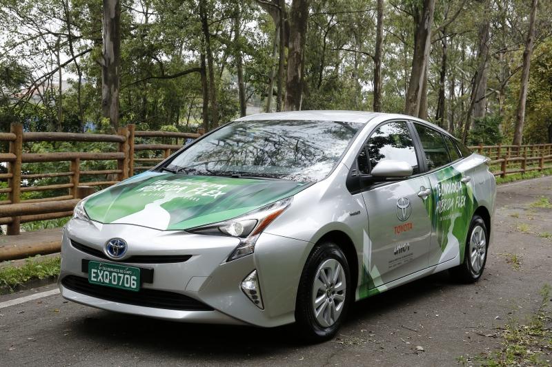 Híbrido da Toyota combina propulsor elétrico, gasolina e etanol
