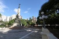 Praça da Matriz em Porto Alegre passará por revitalização