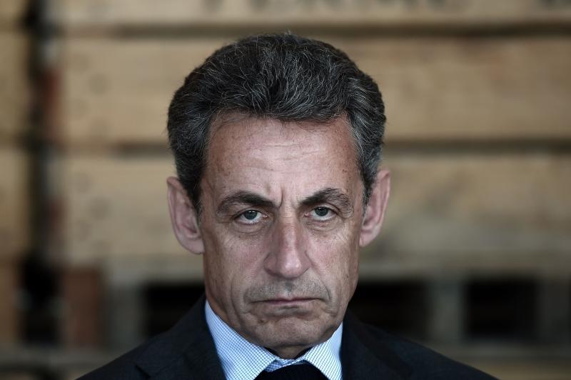 Ex-presidente é acusado de ter recebido 50 milhões de euros de Muammar Gaddafi