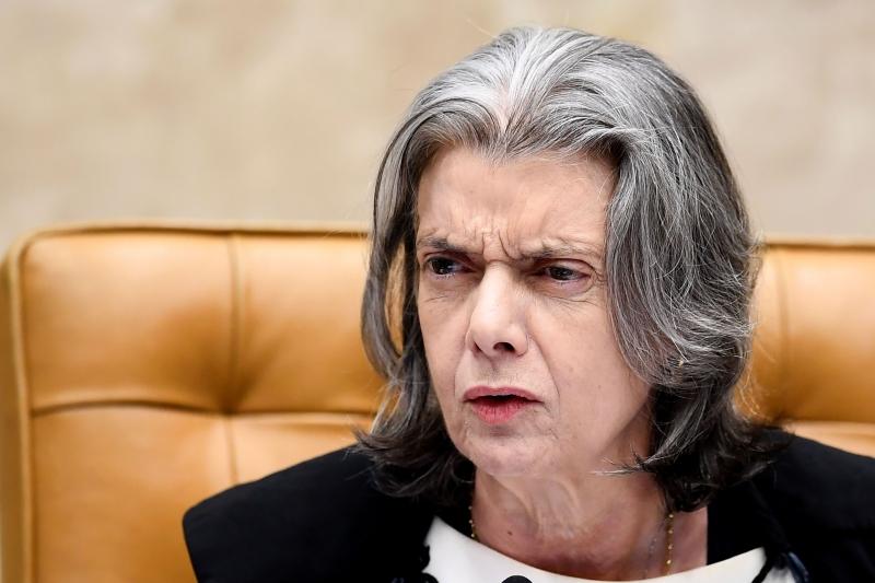 Presidente da corte alegou urgência para apreciação do habeas