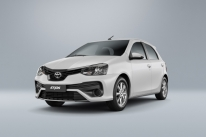 Toyota aumenta a segurança ativa do Etios