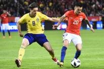Reinaldo Rueda estreia, Chile marca no fim e derrota a Suécia fora de casa