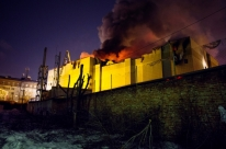 Mortos no incêndio em shopping na Sibéria sobe para 64