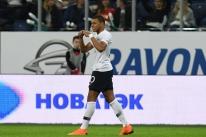 Mbappé marca dois e França bate a Rússia em amistoso preparatório para a Copa