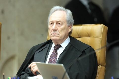 Lewandowski rejeita ação de governo gaúcho contra aumento automático a juízes