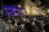 Concerto de orquestra marca começo da 11ª Bienal do Mercado