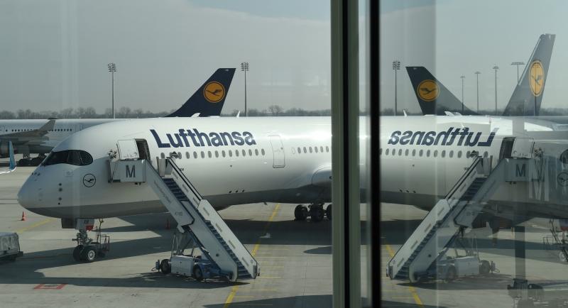Alemã Lufthansa é uma das companhias que cancelaram voos para a região