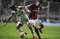 Atlético-MG tem atuação ruim e perde para San Lorenzo na estreia da Sul-Americana