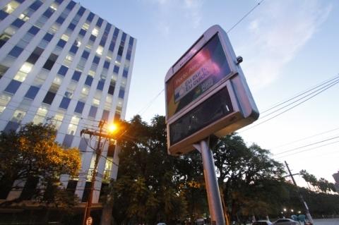 Edital dos relógios de rua de Porto Alegre deve passar por nova audiência pública