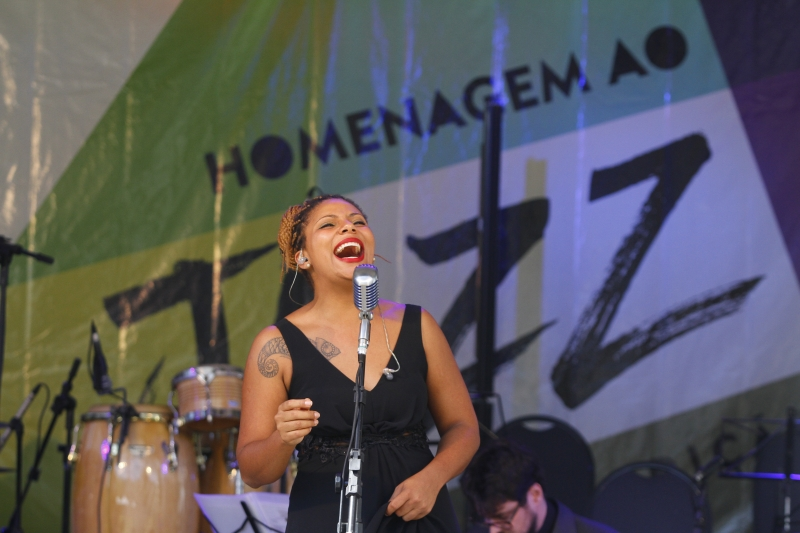 Camila Toledo homenageia Billie Holiday