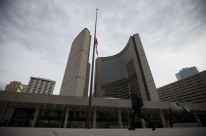 Número de mortos em acidente em Toronto sobe para dez