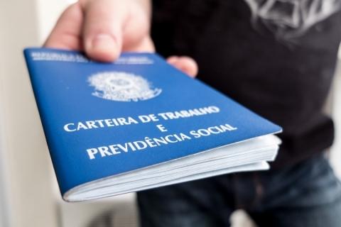 Governo pede 15 dias para apresentar a prorrogação do seguro-desemprego