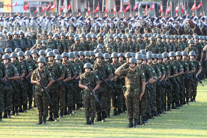 PDT diz que ação das Forças Armadas em estados e municípios exige anuência do Congresso