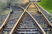 Um terço dos trilhos ferroviários do Brasil está abandonado
