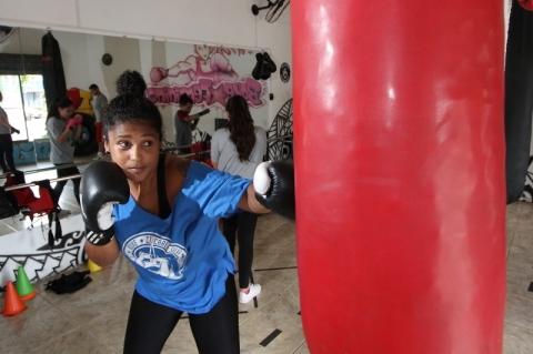 Entrevista com Carla Silva, instrutora de boxe feminino.