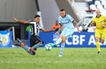 Grêmio perde por 2 a 1 para o Botafogo jogando com poucos titulares