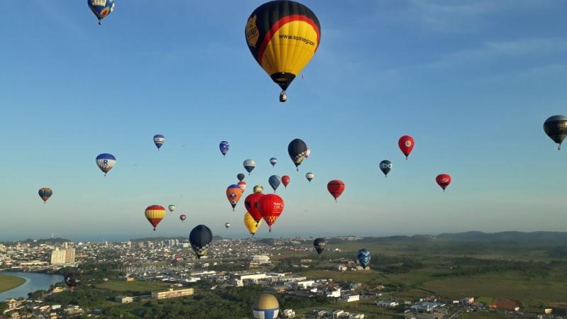 Prova da caça à raposa (balão) movimentou o sábado com desafio a balonistas em Torres
