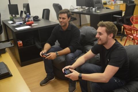 Empresa de Victor e Lucas propõe produção de layouts simples