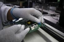 Faturamento real da indústria cai 3,8% em julho, diz CNI