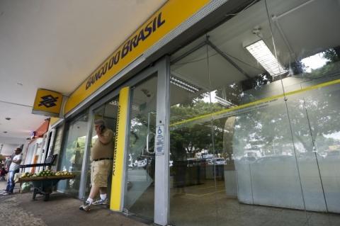 Banco do Brasil tem lucro de R$ 3,3 bilhões no 1º trimestre, queda de 20,1%