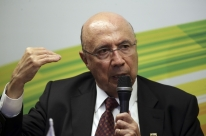 Meirelles diz que Caixa está sendo preparada para privatização