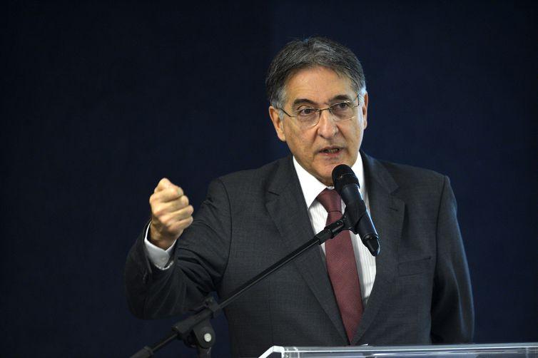 Pimentel foi o governador de Minas Gerais no período de 2015 a 2019