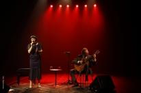 Arthur e Lívia Nestrovski se apresentam no Theatro São Pedro