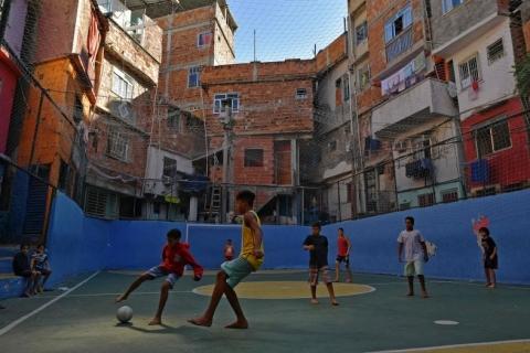 Favelas e periferias, enfim, conectadas