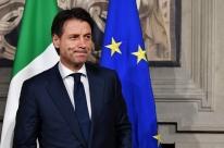 Primeiro-ministro renuncia e coloca fim a governo na Itália