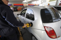 Com alta de 1,68%, gasolina tem recorde de valor