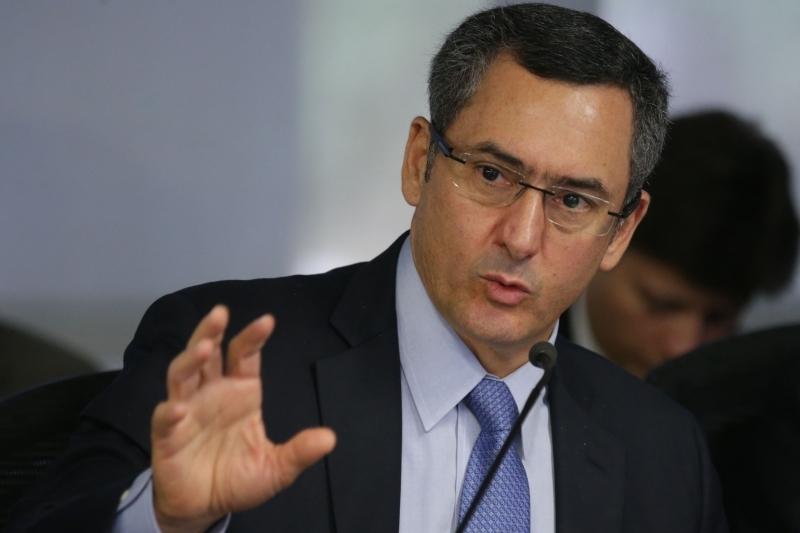 Ministro da Fazendo acredita que medida seja necessária para crescimento do PIB