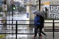 Segunda-feira é de abafamento e possibilidade de temporal em Porto Alegre