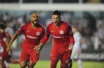 Inter vence Santos e chega a sete jogos sem perder